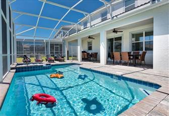 15 Minutes to Disney World • 2 Minutes to Lazy River • Private Pool Home