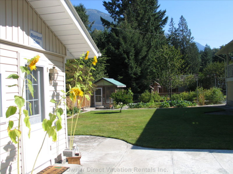 Vedder River Cabin with Surrrounding Mountains - Mountains Surround our Vedder River Accommodations. Cozy, Scenic, Comfortable, and Affordable.