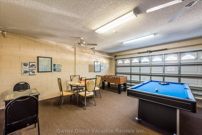 Games Room with Pool Table, 60 Game Video Gaming Table, Foosball, Board Games, Cd Player