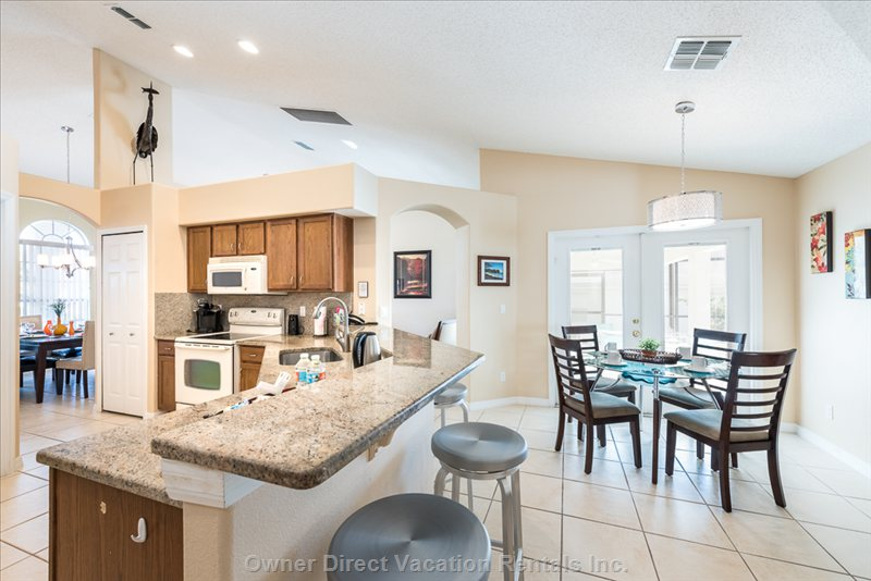 Kitchen and Breakfast Bar, Granite Countertops