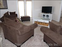 Lounge with 40&Quot; Hdtv, Digital Cable and Hd DVD