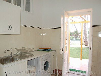 Kitchen and Laundry, Level 0