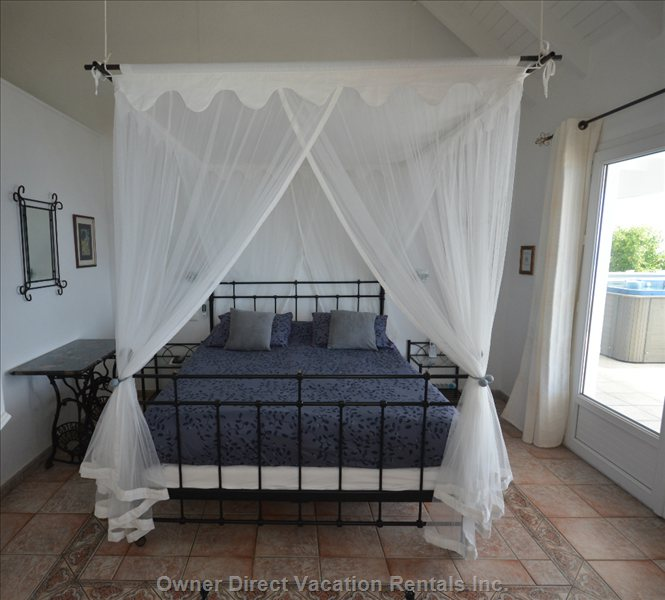 Bedroom Saba Air Conditioning. You Can See the Island Saba from the Bed + Tv Dnetwork.Hbo