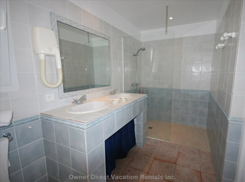 Shower Room Bedroom Saba