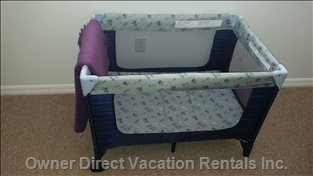 Portabel Baby Cot with Extra Mattress