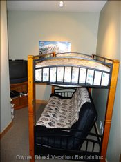 Den with Bunk and Double Futon