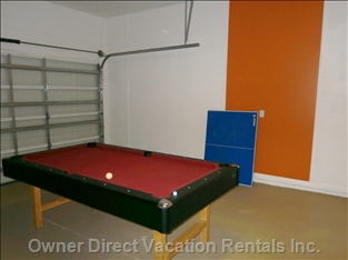 Pooltable Game Room