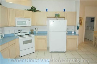 Large Eat in Kitchen with Counter Bar/4 Stools and 8 Seats.