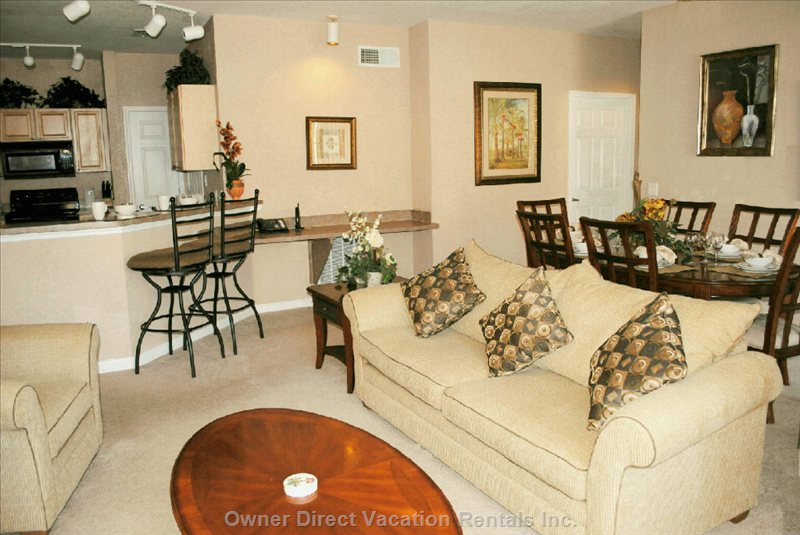 Open Plan Lounge Area and Dining  - Open Plan Living Area with Cable TV/DVD and Free Wireless Internet
