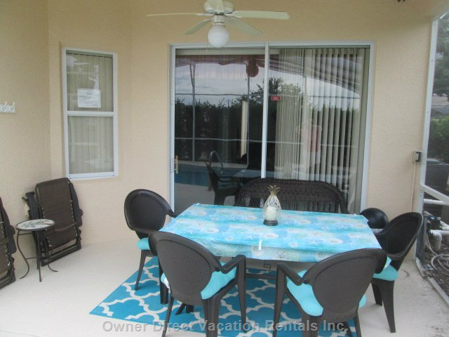Covered Lanai with 4 Chairs, Bench and 2 Loungers