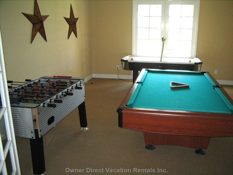 Clubhouse Pool Table and Foosball