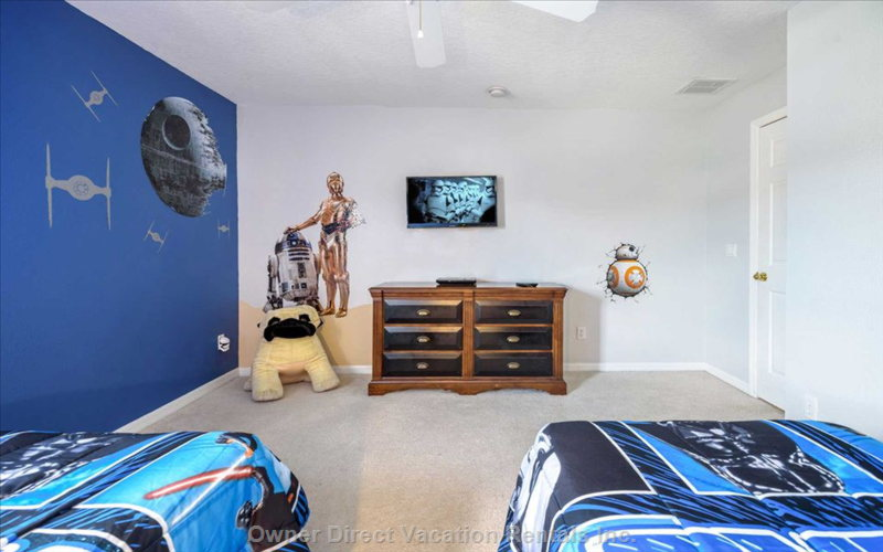 "The Latest Addition - the ""Star Wars"" Themed Bedroom"