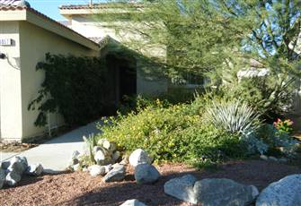 Beautiful Desert Vacation Home Next to Mission Lakes Golf and Country Club