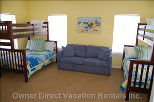 Kids Bunk Room - Sleeps 8 Kids, Wall-mounted TV, Full Bath, Large Play Area, and 2 Big Closets.