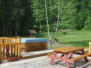 Deck and Hottub