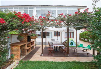 Hummingbird House, the Ideal Home for Family Holidays on the Beach and Nature