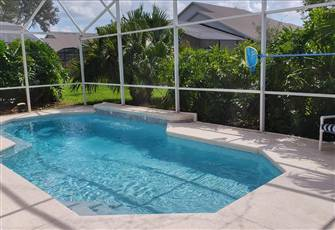 4BR 3BA Pool Home, Free Hot Tub, 2 Master Suites, Game