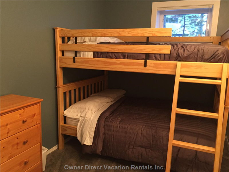 Bunk Room has 2 Double Beds