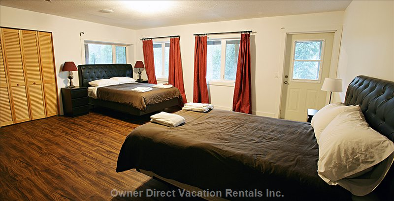 Bedroom 1 with 1 Queen, 1 Double, 1 Bunk Bed with Double below and Single above, En-Suite 3-Piece Bathroom.