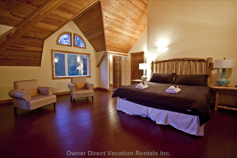 Alpine View Bedroom - Can be Used as the Bridal Suite with King Bed and Ensuite.