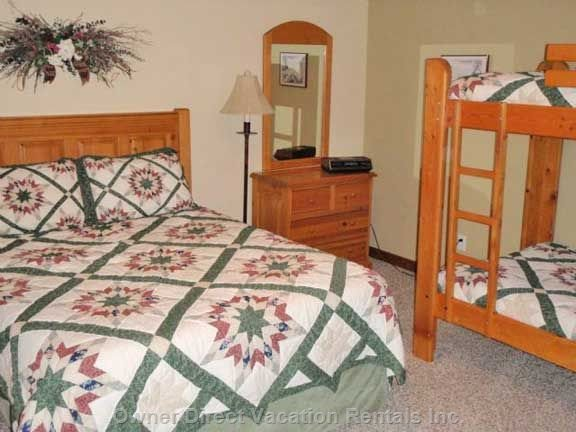 Master Bedroom with Ensuite, Queen Bed and Bunk Beds