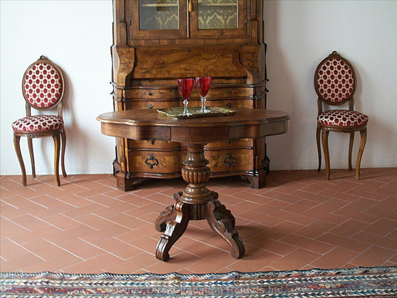 "The Old Italian Table ""Biscotto"""