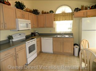 Fully Equipped Kitchen with Brand New Appliances - Brand New - Cooker/Range, Dishwasher, Fridge, Microwave, Washer + Dryer.