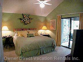 Master Bedroom with Private Bath, Jacuzzi and Shower