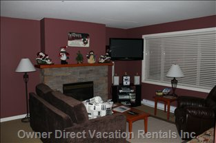 Living Room, Fireplace and Plasma Tv