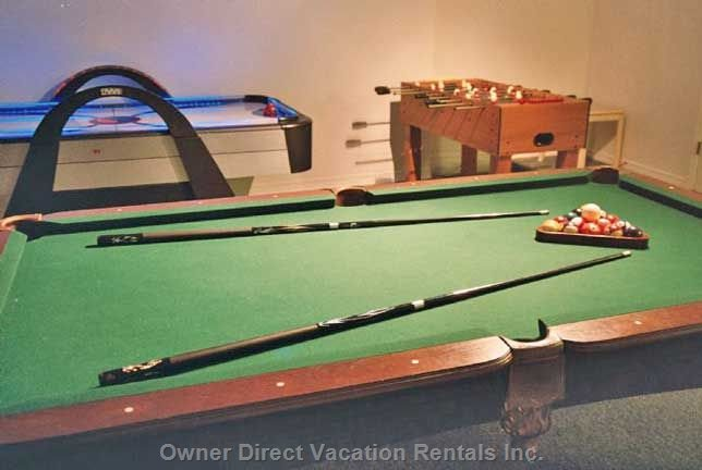 Full Size 8ft Pool Table