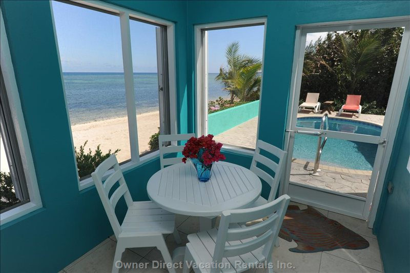 Oceanfront Screened Porch Dining
