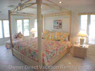 Master Bedroom Suite - King Bed, Ocean View and Breezes