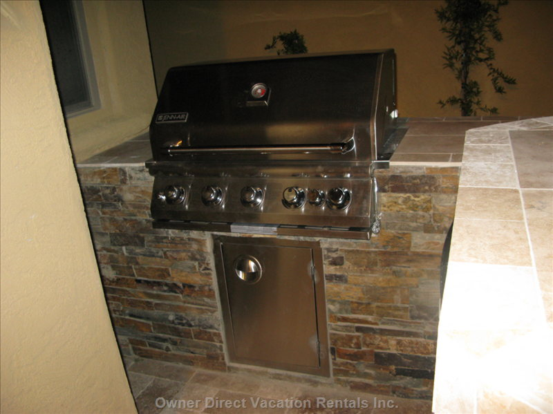 Outdoor Chefs Will Love the Built in Bbq