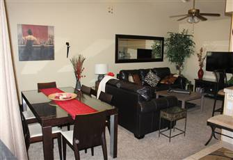 Gorgeous Luxury 2 Bed 1&1/2 Bth Cln Furn Condo Htd Pool Htub Ns Np Mtn Views
