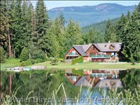 Family Rental House - this Beautiful 5 Bedroom, 2 Bathroom, 2,900 Sq.ft. Log Home Sleeps 10+ and Comes with many Amenities, and is a Very Comfortable Place to Stay in the Shuswap.
