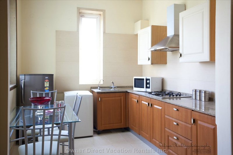 Fully Functional Kitchenette in Apartments