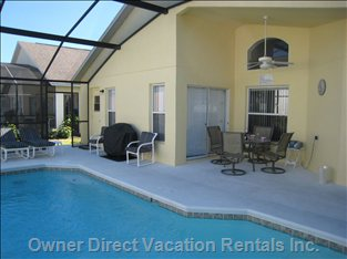 Pool Deck - Large Pool Deck with Covered Lanai