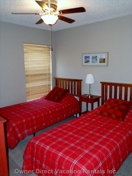 Second Bedroom has Two Single Beds & Hdtv