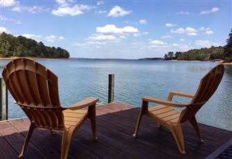 It's a Great Dam View. Lakefront Family-Friendly 3br/2b Cottage at Lake Hartwell