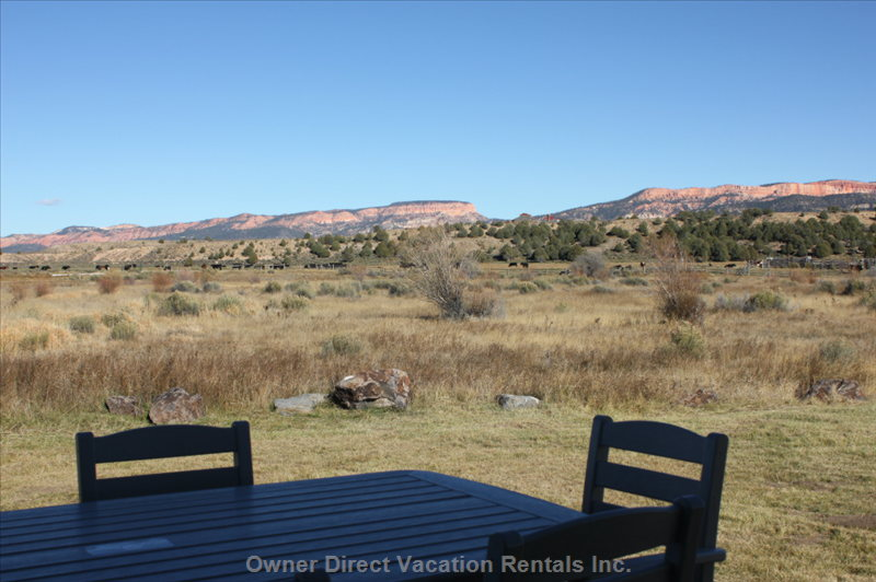 Breakfast Outside with Views of the Cows and the Pink Cliffs of Bryce Canyon