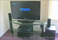 Hd 50 Inch Screen with Cable, DVD Player, Home Theater