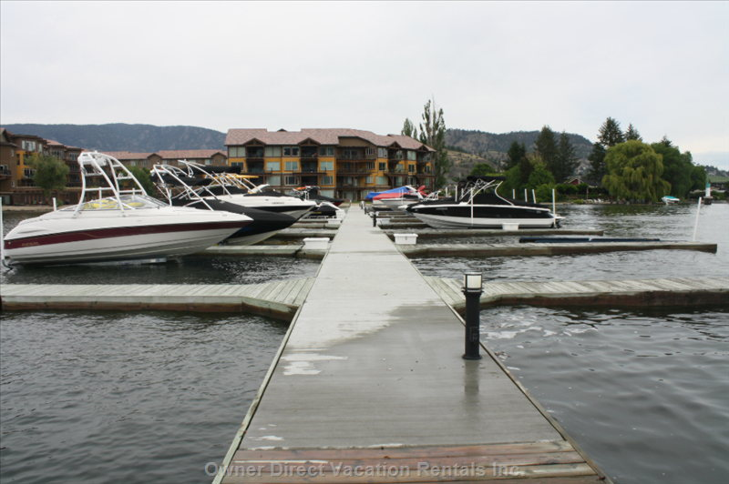Boat Docks and Lifts Available for Daily Rental Charge