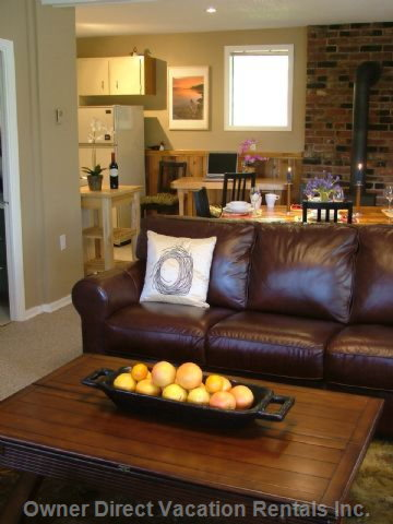Comfortable Leather Couches in Living Room
