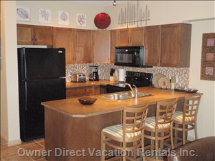 Very well Equipped Kitchen with all Appliances and Utensils to Prepare Full Meals