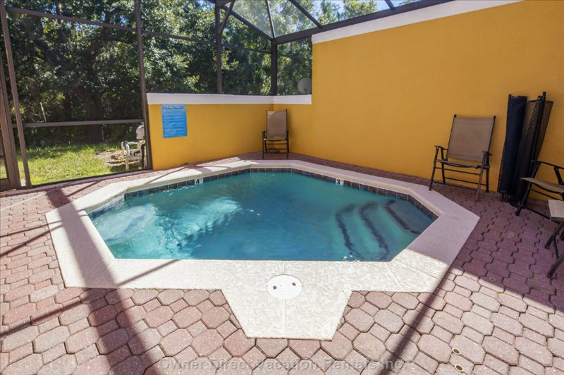 Private Splash Pool Facing Conservation Area
