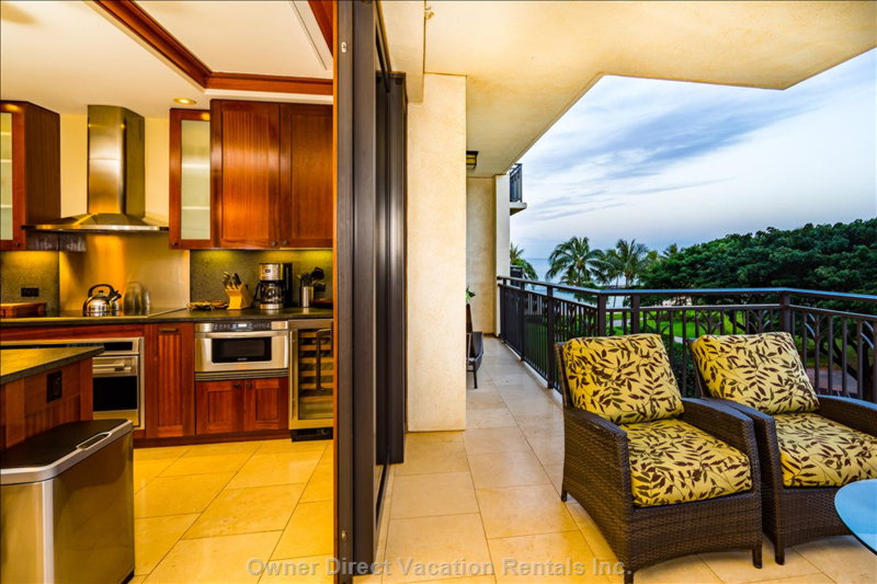 Lanai Doors Open all the Way inside the Wall, Connecting an Oversized Living Room to Lanai