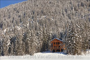 Eagle Lodge - Location Selected for Maximum Seclusion and Maximum View but Easy Access.