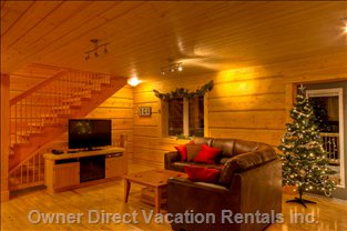 Eagle Lodge - 42&Quot; High Definition TV, Satellite Channels, DVD Player, Fireplace under the TV.