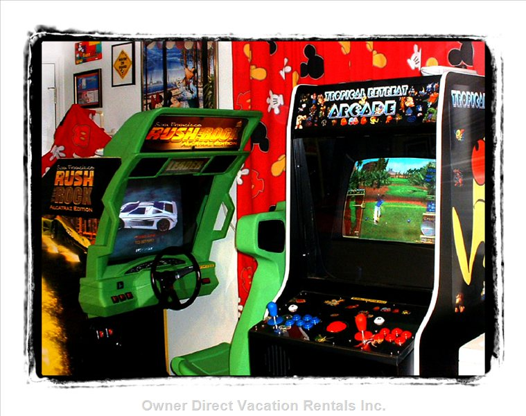 Arcade that Plays over 1000 Classics and Drive  through Alcatraz--all Free Play
