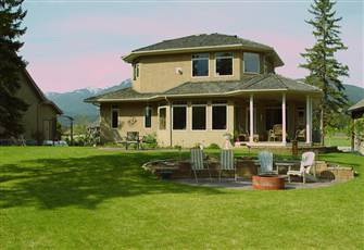 Upscale Property in the Recreation Area of East Kootenay's and the BC Rockies